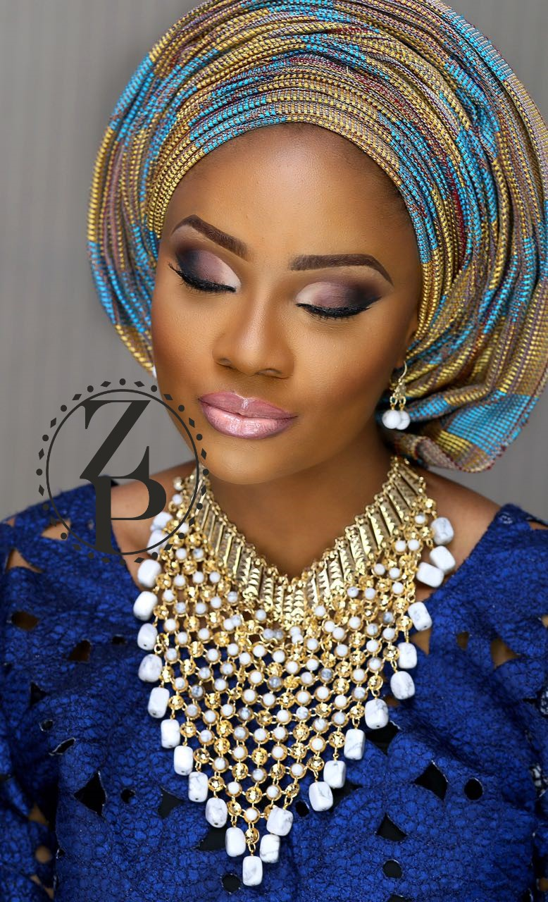 cobalt-blue-aso-oke-yoruba-bride-nigerian-wedding-jewelry-makeup-zuri-perle.jpg