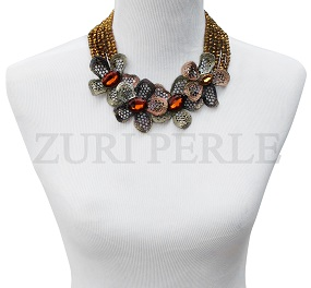 gold-crystal-flower-necklace-zuri-perle-handmade-jewelry.jpg
