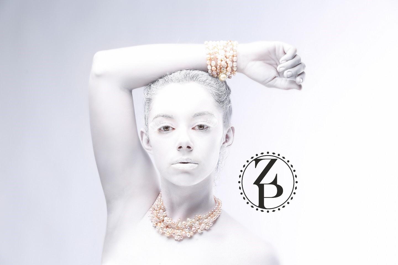 model-body-paint-editorial-photoshoot-jewelry-zuri-perle.jpg