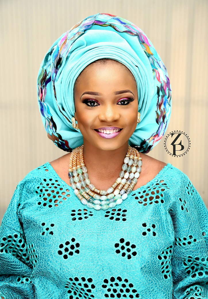nigerian-wedding-makeup-teal-aso-oke-wedding-outfit-and-beads-zuri-perle.jpg