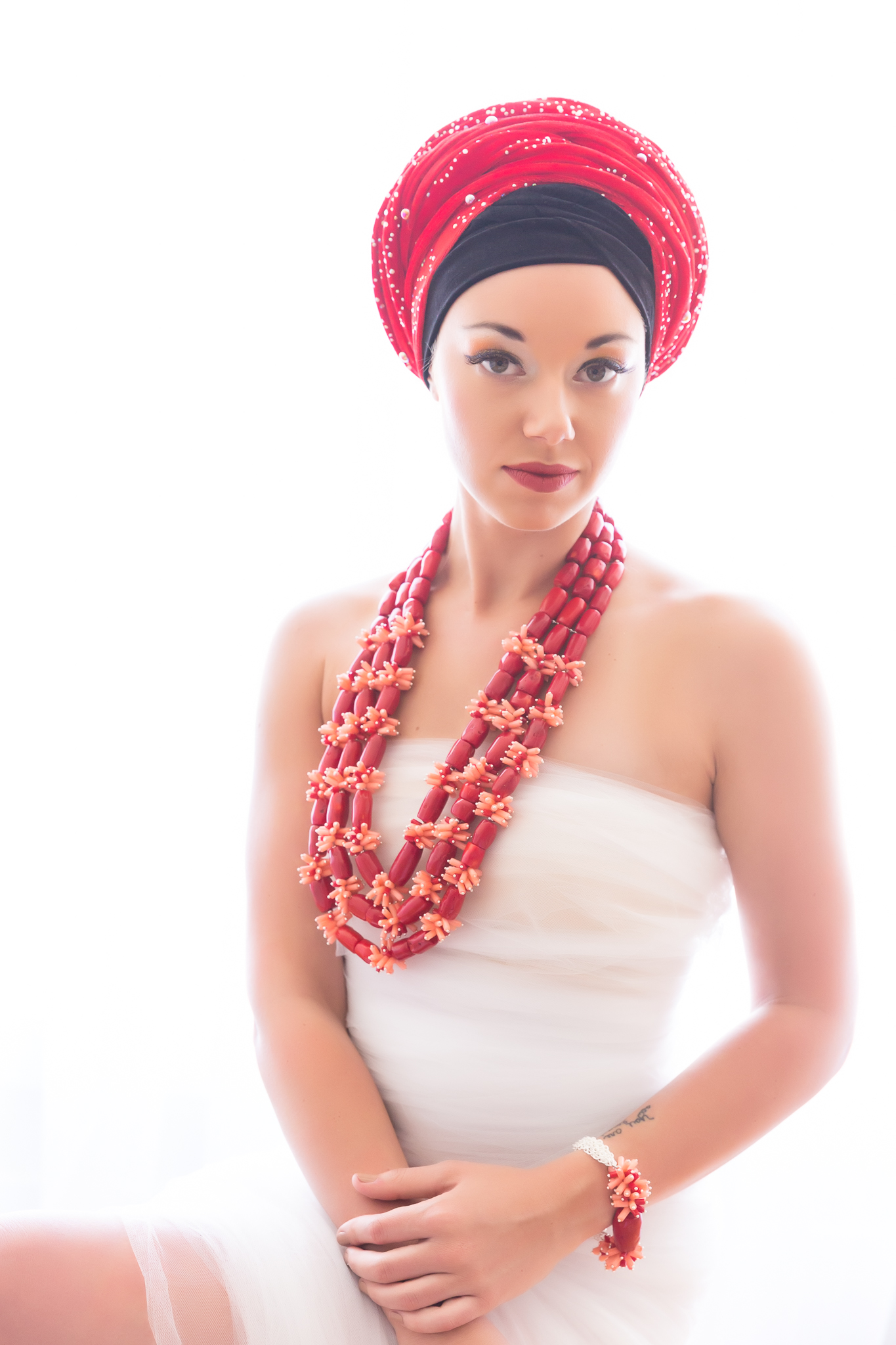 photoshoot-editorial-beautiful-nigerian-outfit-red-coral-jewelry.jpg