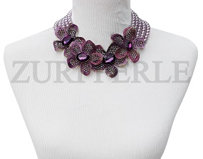 purple-pearl-bead-and-flower-metal-pendant-zuri-perle-handmade-necklace.jpg