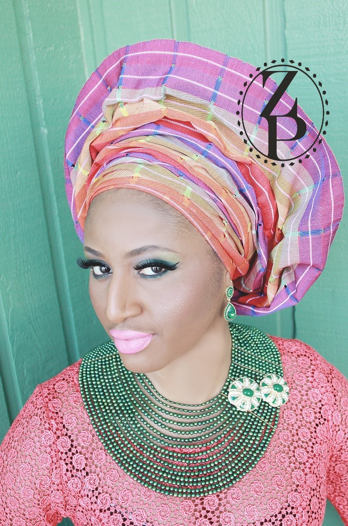 yoruba-woman-in-nigerian-wedding-aso-oke-green-pearl-necklace.jpg