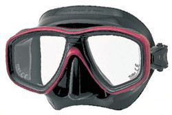 (1) TUSA M28 Geminus Prescription Diving Mask in Black and Red