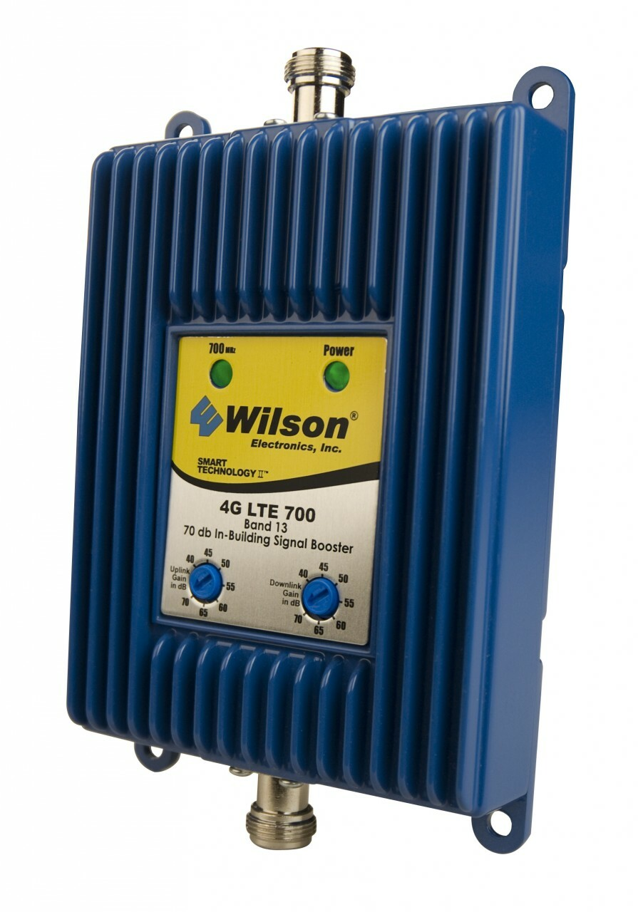 Wilson 801865 4G LTE 700 70 dB Adjustable Gain Signal Amplifier