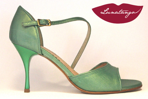 DIAGONAL Metallic Green Leather Tango Shoe in Size 38, from LUNATANGO