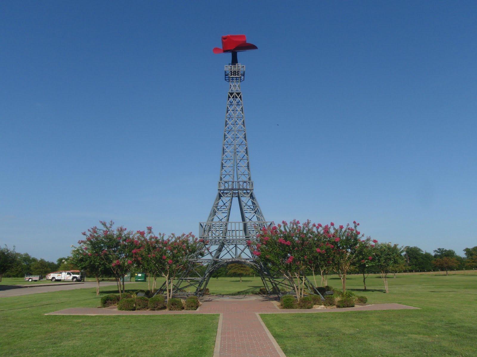 eiffel-tower-paris-texas-2013.jpg