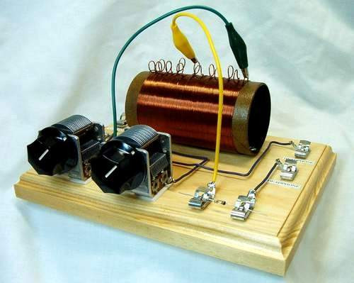THE DUNWOODY HIGH PERFORMANCE CRYSTAL RADIO KIT!!
