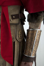 Gladiator Fur Armwarmers