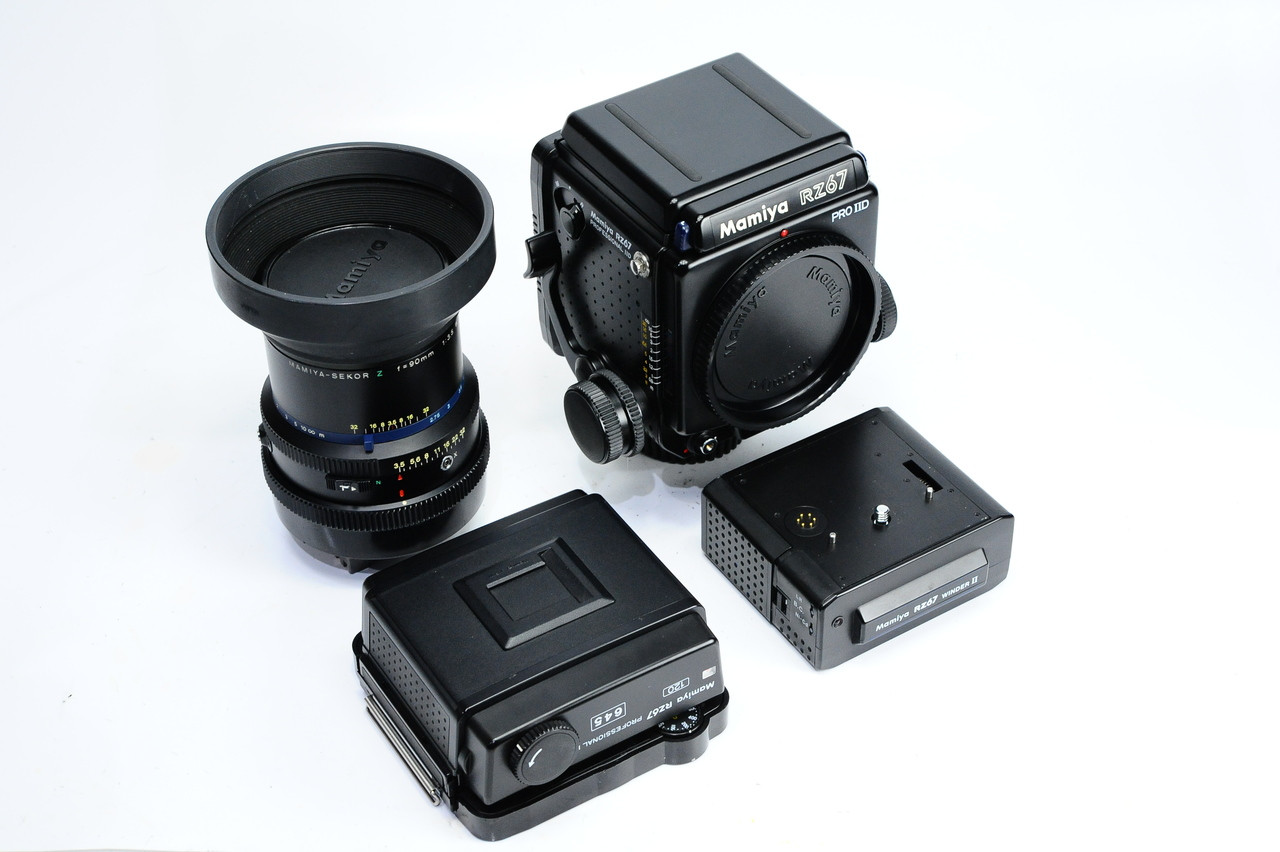 Pre-Owned Mamiya RZ67 PROIID Full Kit w/ 90mm F3 5 , Motorized Winder II,  Waist Level Finder, Pro Prism Finder and more