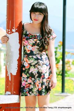 ILOVEWF Đầm Hoa Rớt Vai