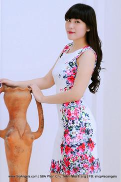 Madison Đầm Trắng Hoa
