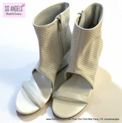BCBGeneration Sandals Cao Gót Da Trắng Boot Cao Cổ-35.5