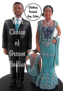 Modern Sary Bride with Groom Cake Topper