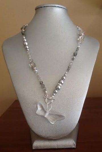 swarovski-crystal-dragonfly-necklace-light-grey.png