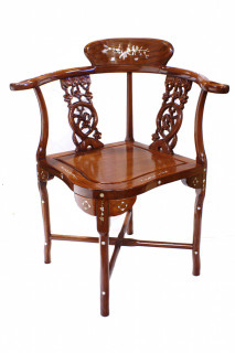 33?? Charming solid rosewood Oriental corner chair w shiny finish & mother of pearl inlay.