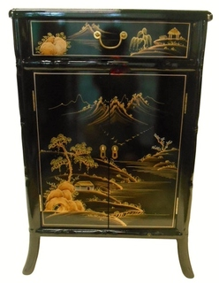 Splayed Leg Oriental Shoe Cabinet