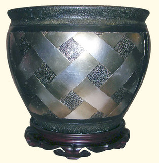 Black and silver leaf weave porcelain fishbowl