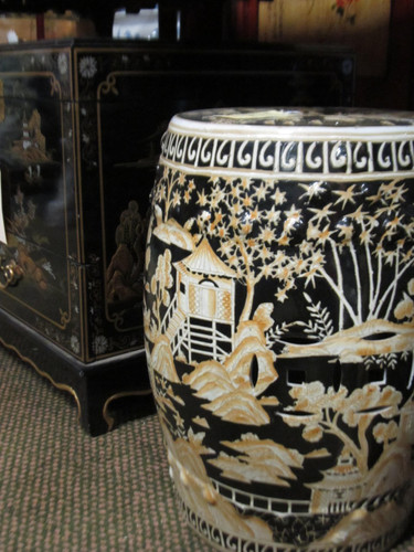 Garden Stool In Black Porcelain With Gold Hand Painted