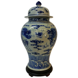 Decorative Oriental Porcelain Blue and White Lion Lid Jar with Dragon