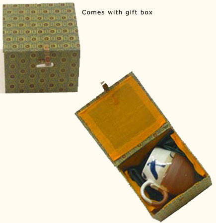 Chinese Porcelain Microwaveable handglazed mug in a gift box