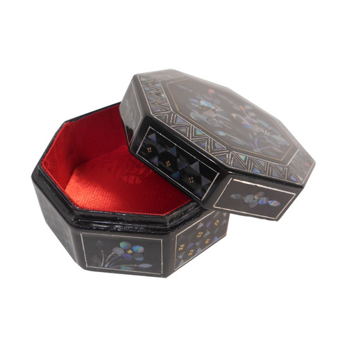 Bagua Pill Box