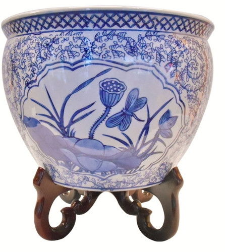 Fish Bowl Planter In Chinese Porcelain In Blue And White 8