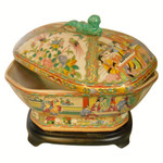 Rose Medallion Octagonal Soup Tureen