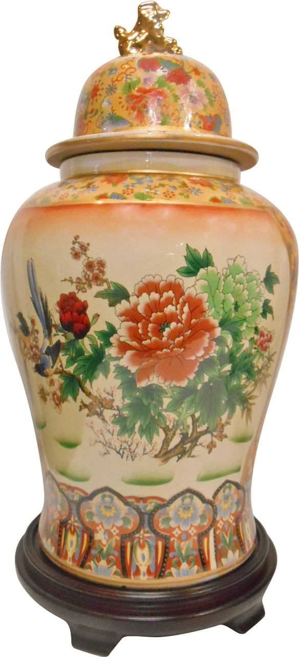 Lion Lid Jar In Chinese Hand Painted Porcelain With Chrysanthemum