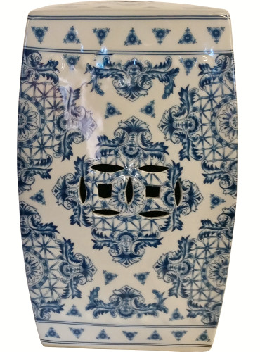 Garden Stool In Chinese Porcelain In Blue And White 18 H