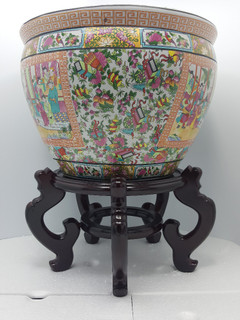 """16"""" Famile Rose Medallion  Jardiniere  with Coy Fish."""