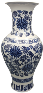 Long Neck Blue and White Daisy Chinese Porcelain Vase