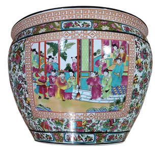 Chinese Porcelain Planter in Rose Medallion Pattern