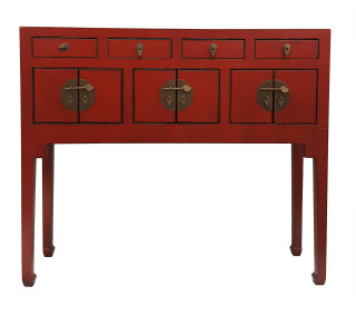 Red Lip Stick Oriental Lady Chest