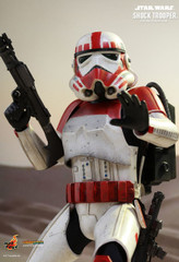 HOT TOYS VSM20 STAR WARS BATTLEFRONT SHOCK TROOPER 1/6TH SCALE COLLECTIBLE FIGURE