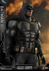 Hot Toys MMS432 Justice League  1/6th scale Batman (Tactical Batsuit Version) Collectible Figure