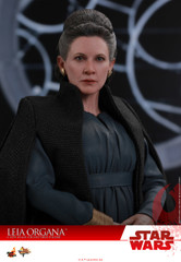 Hot Toys MMS459 Leia Organa Star Wars: The Last Jedi – 1/6th scale Collectible Figure