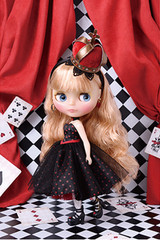Takara CWC Exclusive Neo Blythe Majesty Queen of Hearts Doll Figure