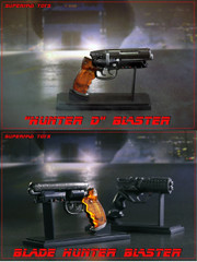 SUPERMADS TOYS 1/6 Hunter D Blaster Pistol with Stand