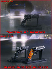 SUPERMADS TOYS 1/6 Hunter K Blaster Pistol with Stand