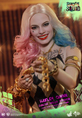 Hot Toys MMS439 Harley Quinn (Dancer Dress Version) Suicide Squad 1/6th scalCollectible Figure