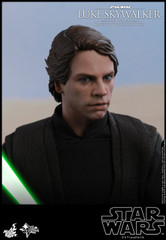 Hot Toys MMS517 Luke Skywalker (Deluxe Version) Star Wars Return of the Jedi 1/6th scale Collectible Figure