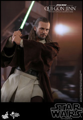 Hot Toys MMS525 Qui-Gon Jinn Star Wars Episode I The Phantom Menace 1/6th scale Collectible Figure