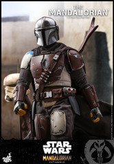 Hot Toys TMS007 The Mandalorian 1/6th scale The Mandalorian Collectible Figure