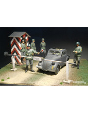 Cobaanii Military Miniature 1/35 WWII German Checkpoint Set FS-005