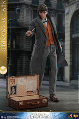 Hot Toys MMS512B Newt Scamander (Special Version) Fantastic Beasts The Crimes of Grindelwald 1/6th scale Collectible Figure