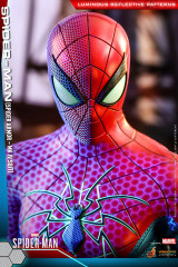 Hot Toys VGM43 Marvel's Spider-Man Spider Armor MK IV Suit 1/6 Collectible Figure