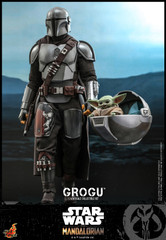 Hot Toys Star Wars: The Mandalorian™ - 1/6th scale Grogu™ Collectible Set TMS043