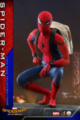 Hot Toys QS014 Spider-Man Homecoming 1/4 scale Spider-Man Collectible Figure