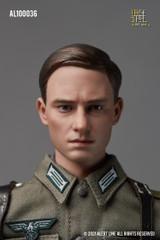 Alert Line WWII German Army Soldier AL100036 1/6 Figure